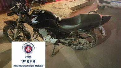 Photo of Após confronto e perseguição policial, PM recupera moto roubada na região