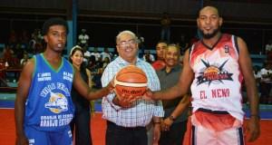 chanel-rosa-saque-de-honor-torneo-baloncesto-de-villa-riva