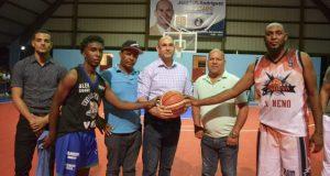 Diputado-José-Luis-Rodríguez-Torneo-baloncesto-Villa-Riva