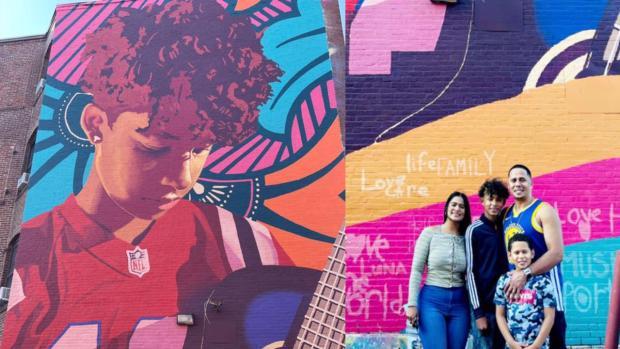 adolescente-dominicano-es-reconocido-con-mural-por-ser-ejemplo-para-sus-companeros-en-eeuu