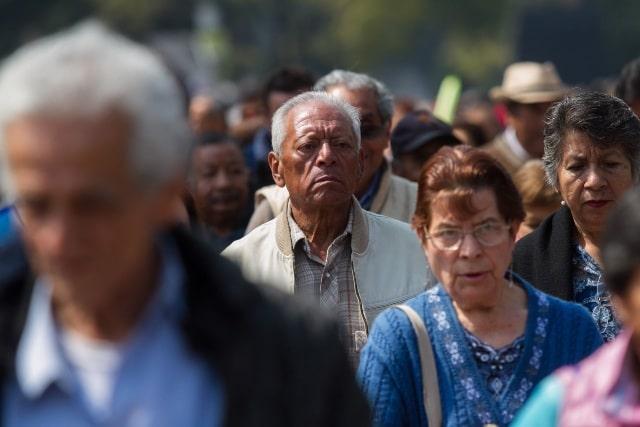 El registro para recibir la Pensión del Bienestar para adultos mayores está por abrirse. Aquí te explicamos cuándo y cómo realizar el trámite
