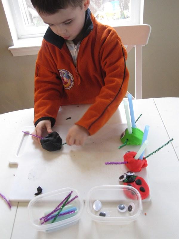 Play Dough Bug Sculptures - Time Flash Cards