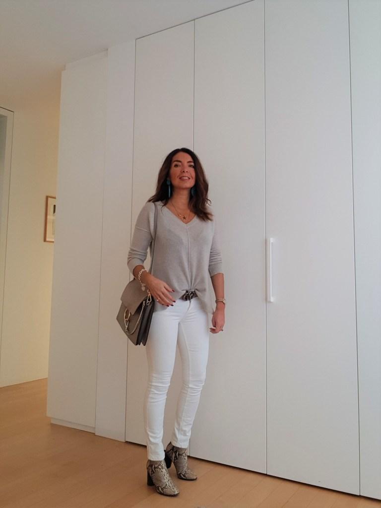 Look del giorno: grigio e bianco per l'inverno