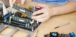 How To Instal RAM In Your PC