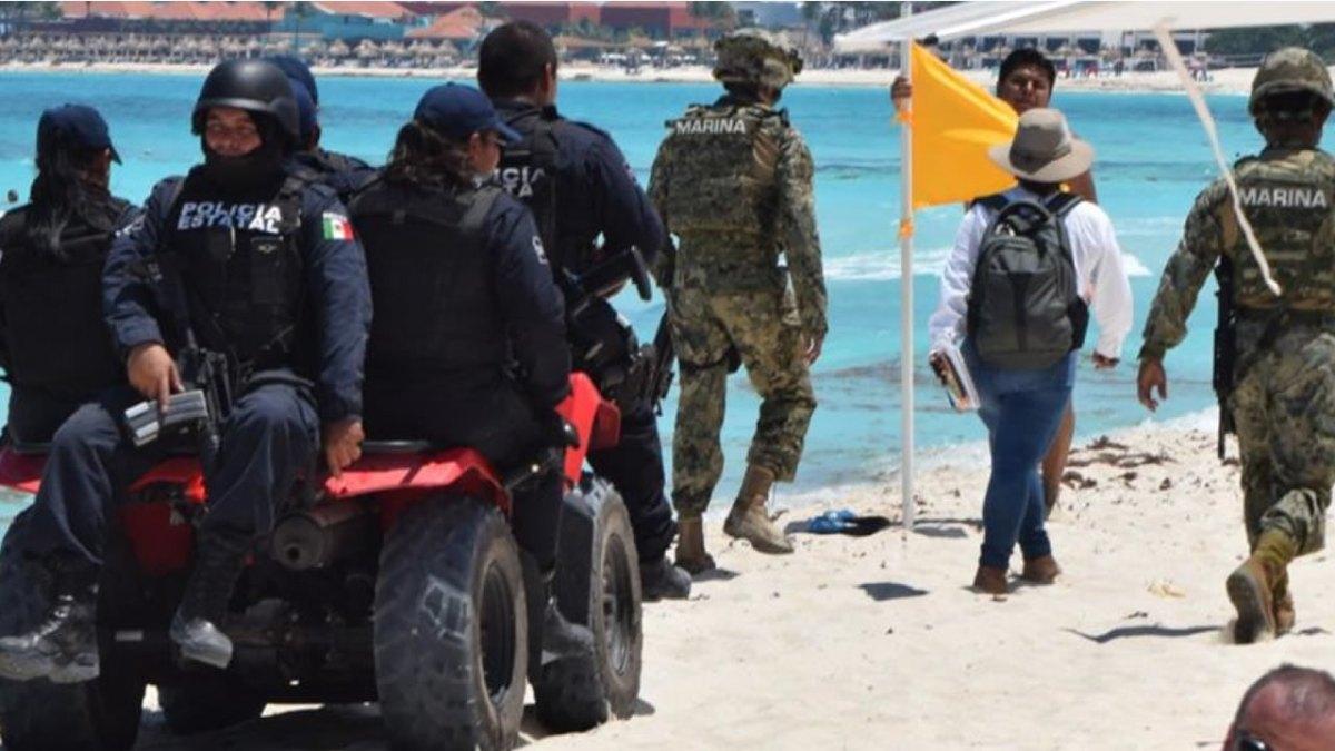 Inspeccionan a concesionarios de playas en Cancún