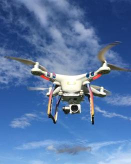 kondicni letani s drony 4805