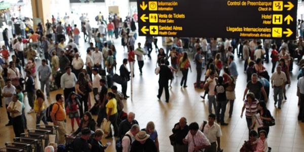 Mincetur lanzará APP para turistas que arriben a Lima por el aeropuerto Jorge Chávez