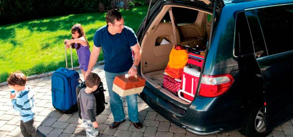 Si vas a viajar sigue estas pautas para cuidar tu hogar