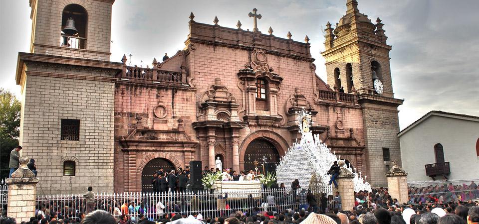 Lugares para viajar y celebrar la Semana Santa en Perú