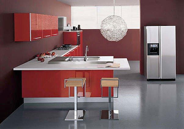 Cucina moderna brillante laccata rossa  Notizieit