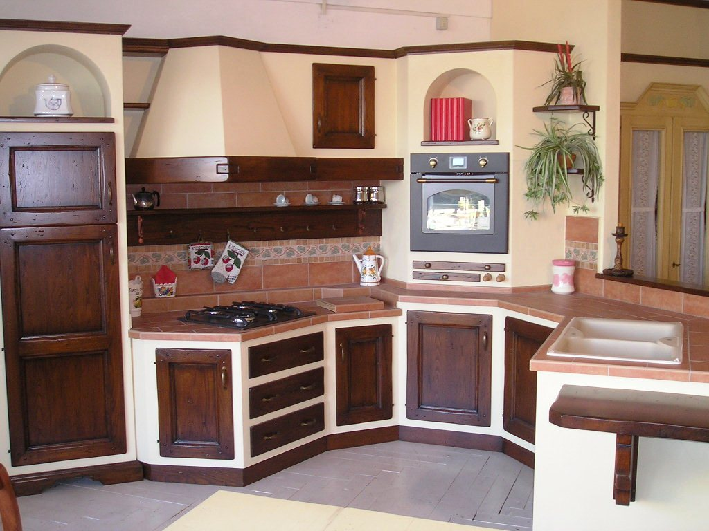 Classica cucina in muratura  Notizieit