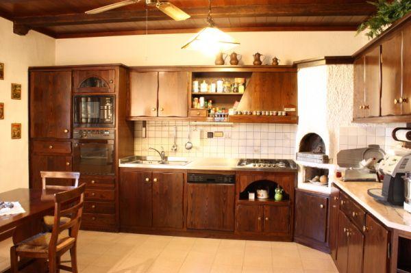 Moderna ed elegante cucina rustica  Notizieit