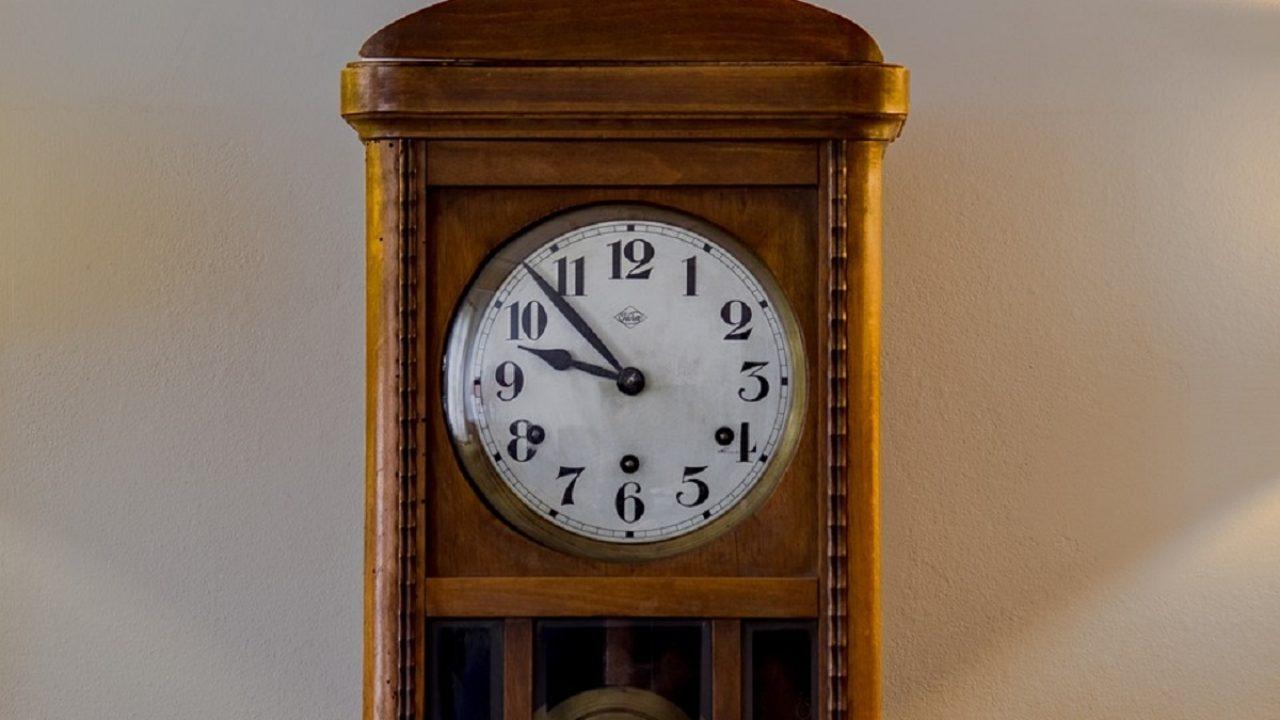 Nell'orologio tiktak time abbiamo cercato di combinare dettagli moderni e classici. Problemi Con Gli Orologi A Pendolo