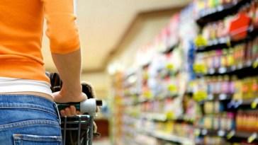 Frollini con gocce di cioccolato Lazzaroni richiamati per rischio allergeni: il lotto ritirato
