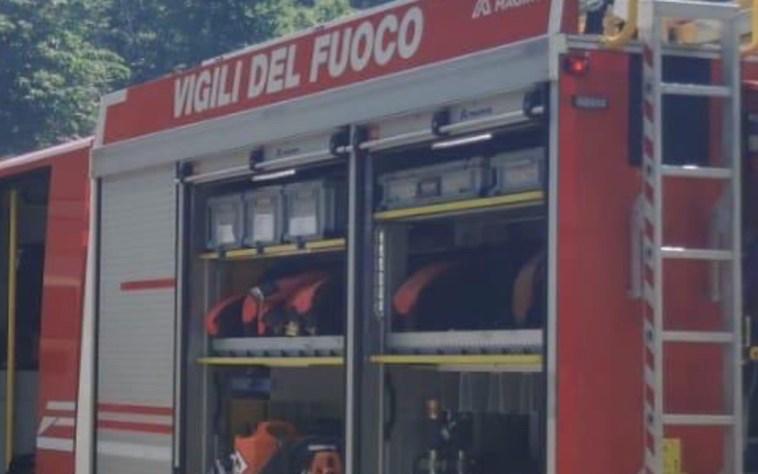 Incendio in casa a Napoli: donna anziana morta carbonizzata nel suo appartamento al Vomero