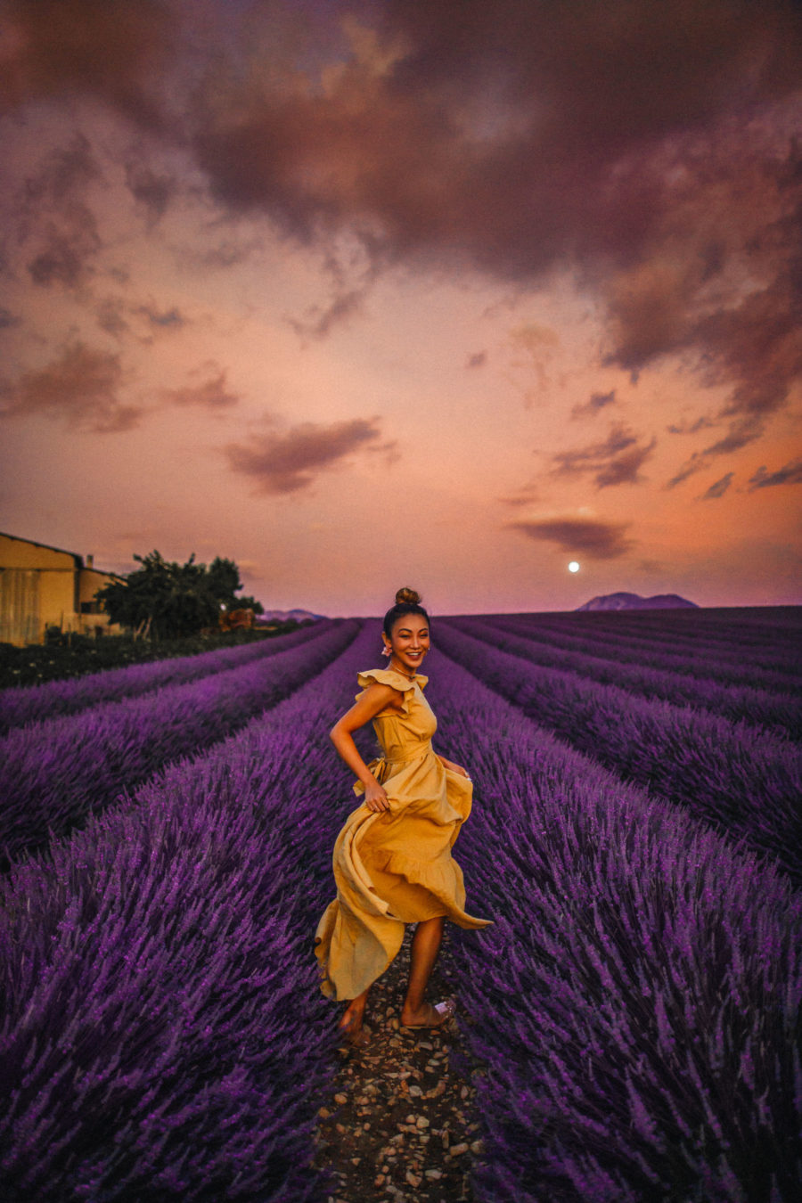 Instagram Outfits in the Lavender Fields of Provence