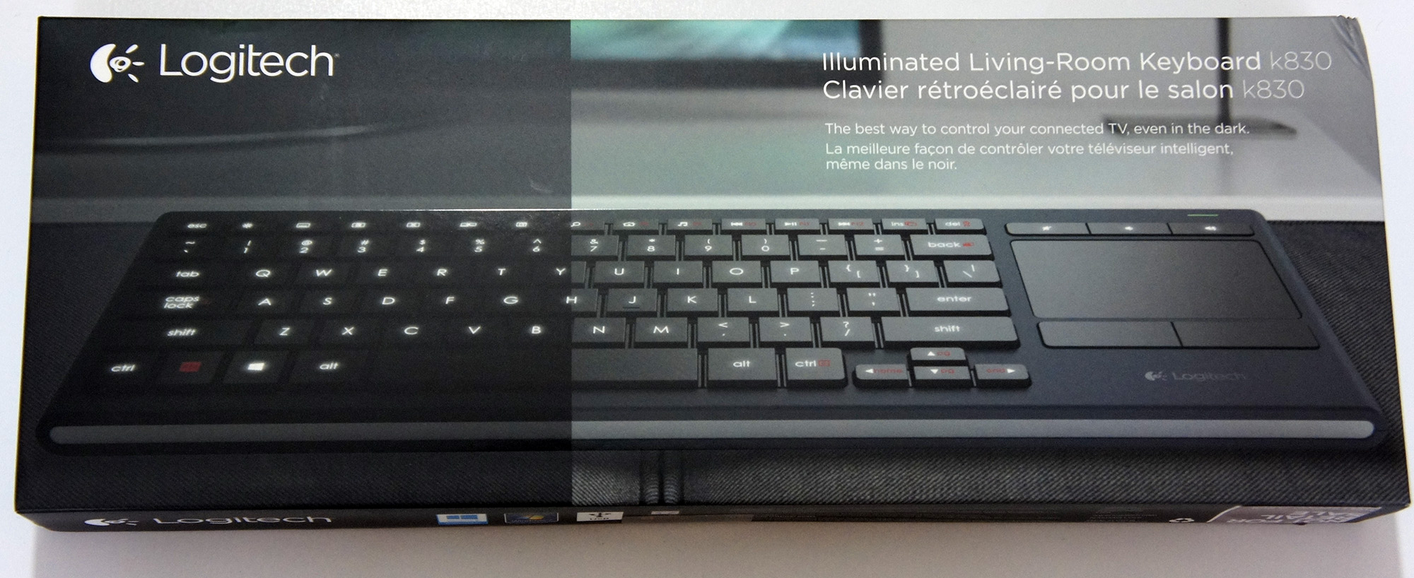 Review Logitech K830 Illuminated Living Room Wireless