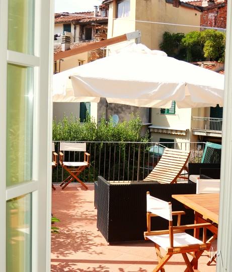 La Terrazza  apartment in lucca with terrace