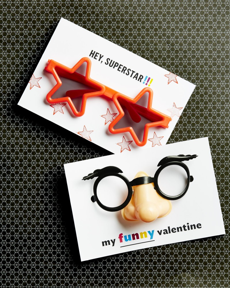 Silly Glasses Valentine's Day Cards- Free Printable!