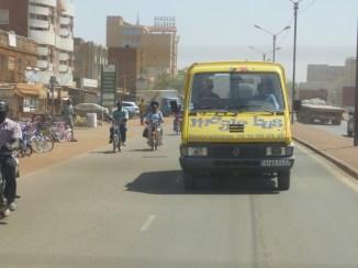 Premiers essais du Magic Bus dans Ouagadougou - 14 février
