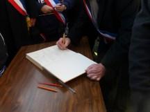 Registre d'hommage aux morts des 7 et 8 janvier 2015