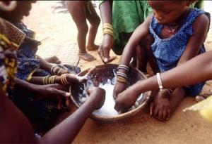 Près de 16 500 enfants meurent de faim et malnutrition chaque jour