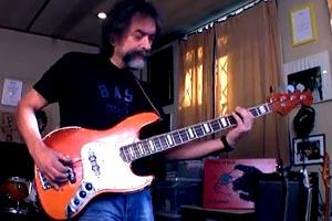 Krzysztof Scieranski: Live Looping Bass