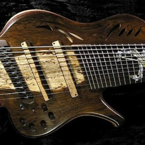 """Bass of the Week: Kenneth Lawrence """"Joust"""" 11-string ChamberBrase I"""