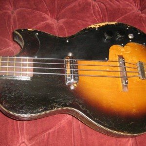 Old School: Kay K5915 Electric Bass