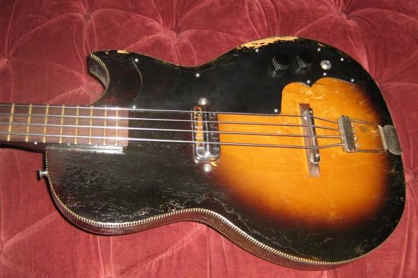 Old School: Kay K5915 Electric Bass