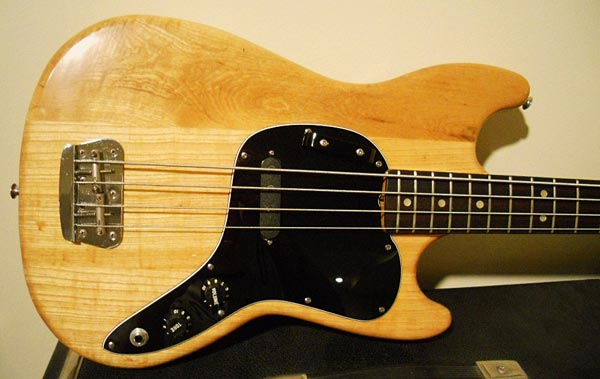 Old School: 1978 Fender Musicmaster Bass