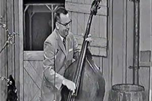 Joe Zinkan: Four Leaf Clover (Old School Slap Bass)