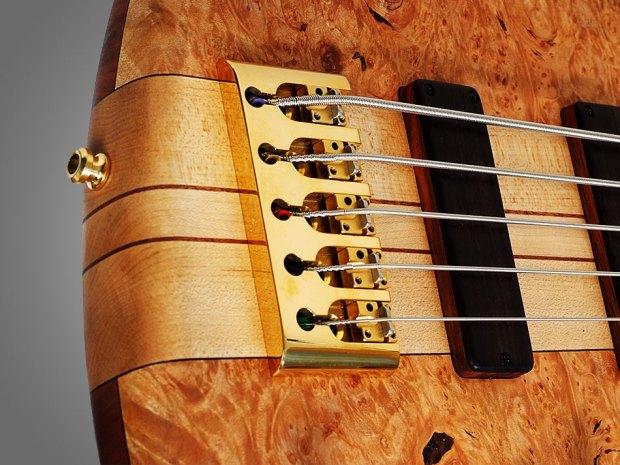 GMR Bass Guitars Bassforce NT - Bridge Closeup