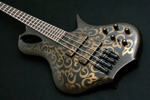 Bass of the Week: Aries Basses Senes Custom Bass