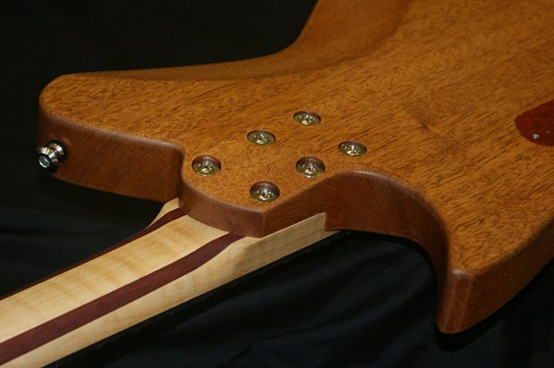 J. Backlund Design JBD-800B Bass - bolts