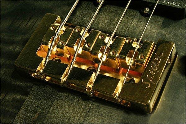 Spector NS-2 Bass - bridge closeup