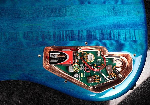 Spector NS-2 Bass - electronics