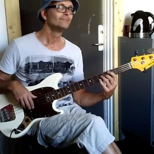 Bass Line Construction: Rhythm and Repeating Patterns