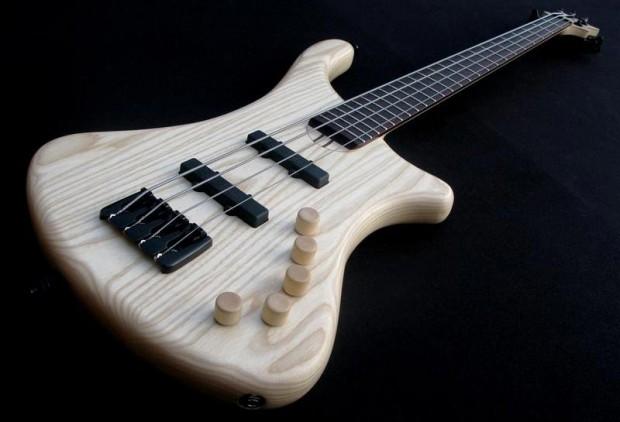 Luthman Natural 4-string Bass