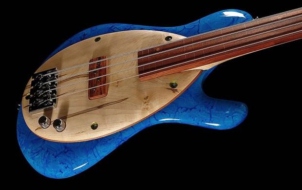 Malinoski Rodeo Bass - Blue finish