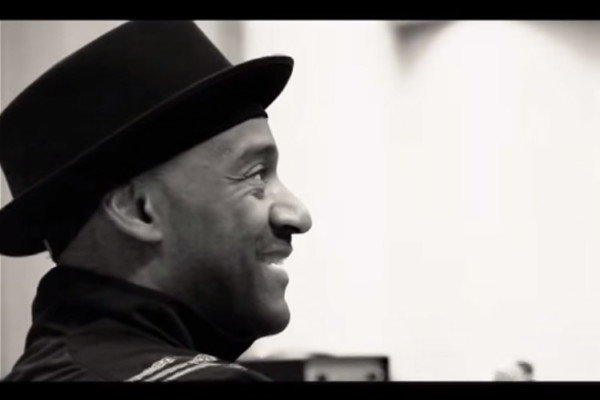 "Marcus Miller and Alex Han vs. Joe's ""Claptrap"", Live on Rai Radio"