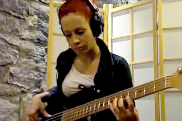 "Fabienne Gilbert: ""Come On Come Over"" Bass Play-Along"