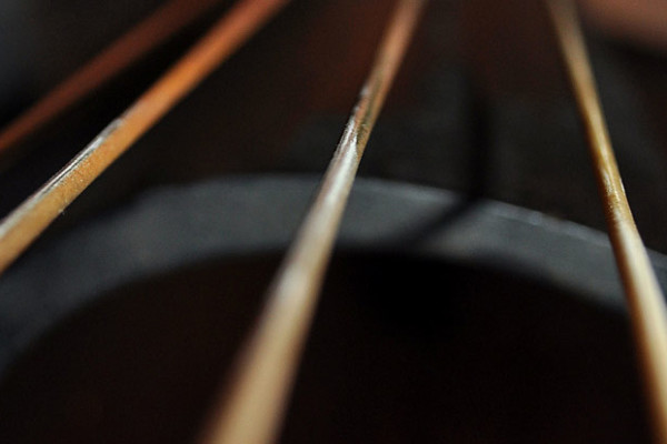 Starting Your Day with Open Strings: A Warmup Routine for Bassists