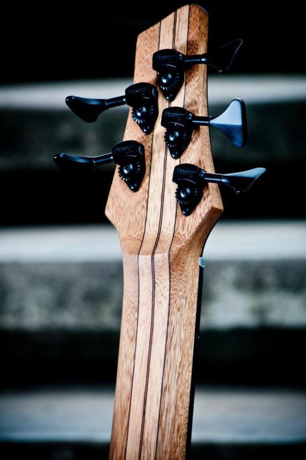 Bajos Colmenares #22 Bass - Back of Headstock