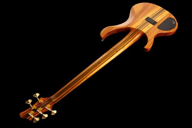 Ibanez BTB1406 6-string bass - full back