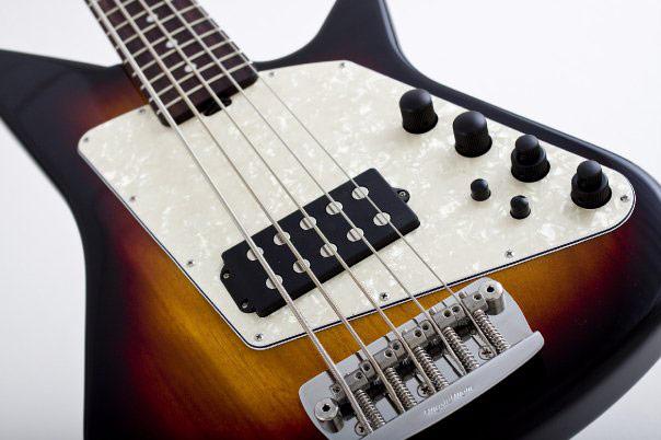 Music Man Big Al 5 Bass bridge closeup