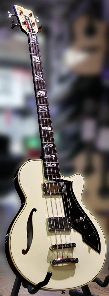 Peerless Guitars Retromatic B2 Bass