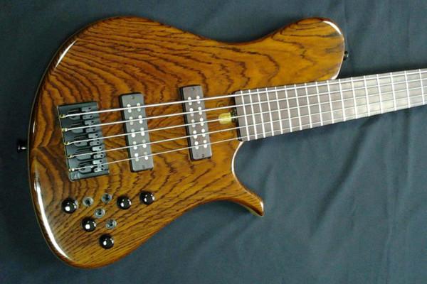 Bass of the Week: Utrera Ellegance Single Cut Bass