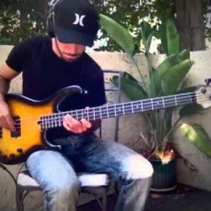 """Miki Santamaria: Fingerstyle Bass Solo Over """"Old Love"""""""