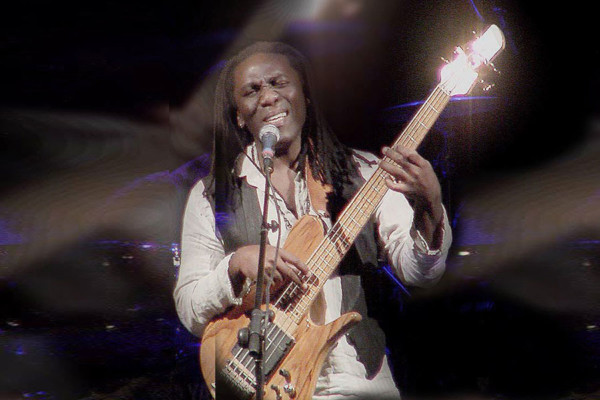 Richard Bona: Songs from The Ten Shades of Blues